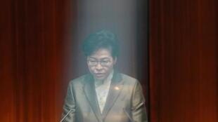 香港特首林正月娥11月25日在立法会发表『施政报告』