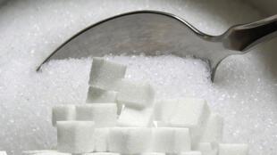 OMS divulga novas orientações sobre consumo de açúcar.