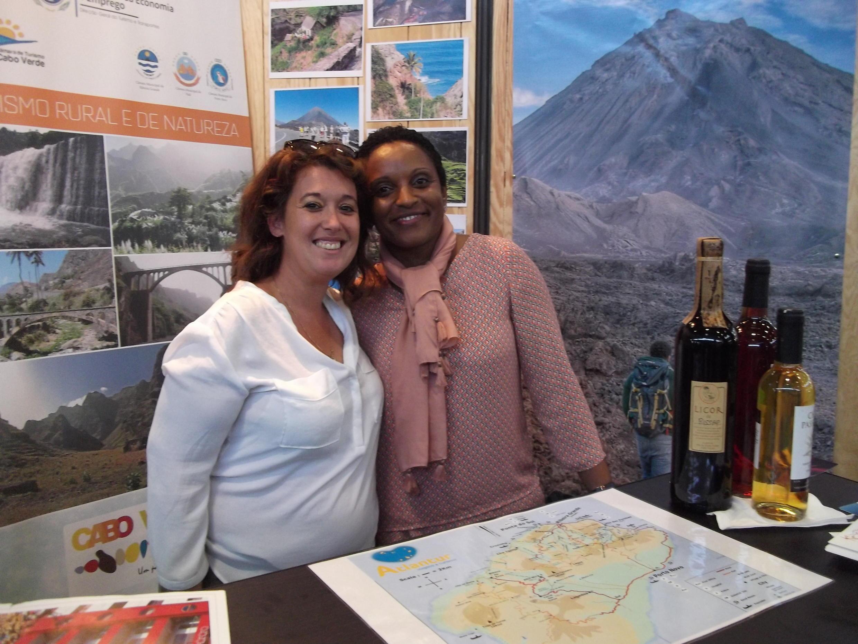 Sandra Pereira, directora da Atlantur (esq) e Fátima Louro directora da Qualitur (drt)