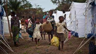 Des réfugiés ivoiriens ayant fui les violences post-électorales de 2010-2011 dans leur pays, dans un camp du comté de Nimba, au Liberia.