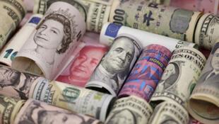 Đồng bảng Anh, nhân dân tệ, đô la Hồng Kông, đô la Mỹ và đồng euro. Ảnh minh họa.