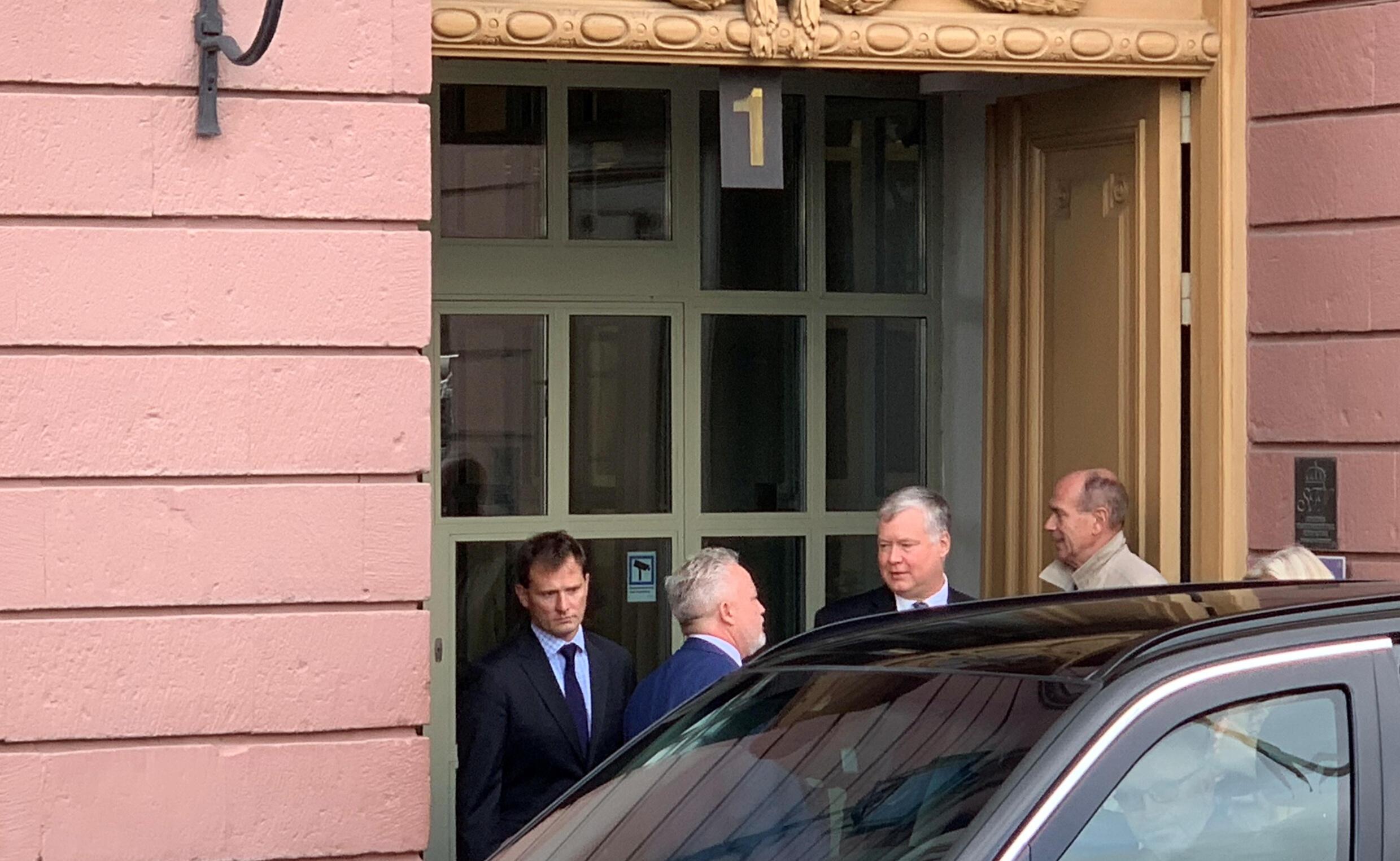 Đặc phái viên Mỹ về hồ sơ Bắc Triều Tiên Stephen Biegun ra khỏi trụ sở bộ Ngoại Giao Thụy Điển, nơi diễn ra cuộc đàm phán với Bắc Triều Tiên, Stockholm, ngày 04/10/2019