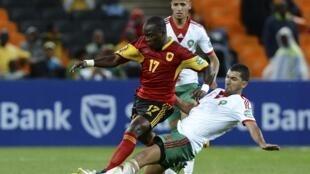 Mateus, avançado angolano (no centro na foto), apontou dois golos frente à Mauritânia. Imagem de Arquivo.