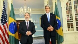 Encontro entre o ministro das Relações Exteriores, Antônio Patriota, e o secretário de Estado, John Kerry