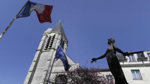 Eglise de Saint-Cyr et Sainte-Juliette, à Villejuif, probablement ciblée par Sid Ahmed Ghlam pour commettre un attentat.