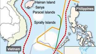 Đường lưỡi bò Trung Quốc (đỏ) và đòi hỏi chủ quyền của các quốc gia ven Biển Đông.