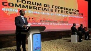 O Presidente costa-marfinense  Alassane Ouattara quando discursava  na abertura  do 18° foro do AGOA.Abidjan.05 de Agosto de 2019.