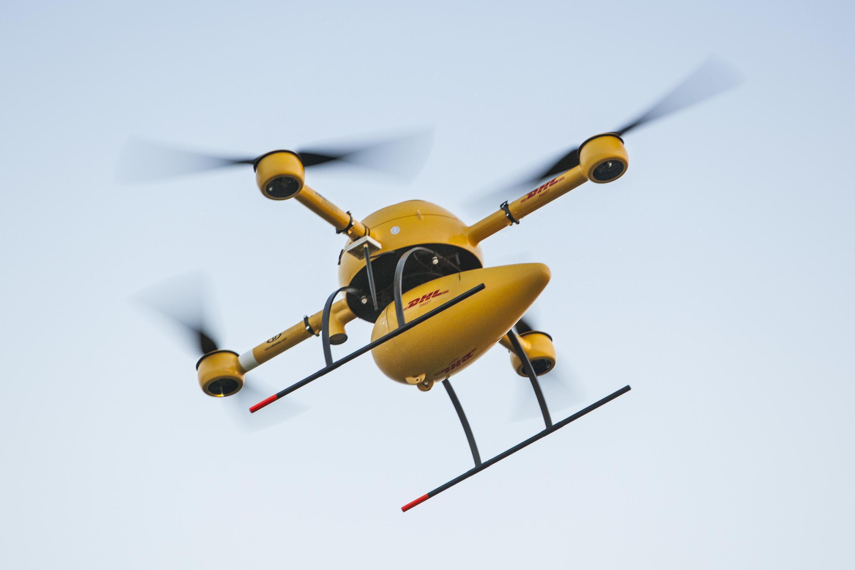 Le parcelcopter, premier drone en europe a avoir assuré la livraison de colis hors champ de vision du pilote.