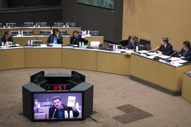 Заседание парламентской комиссии по делу Каюзака, май 2013
