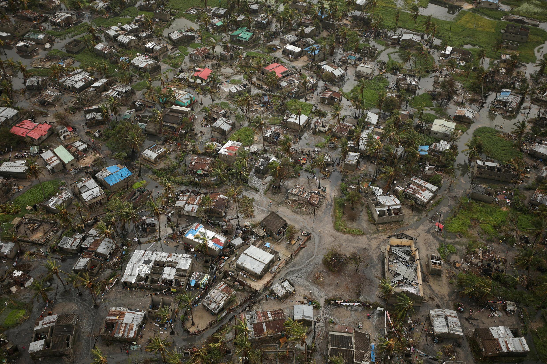 Vue de la ville côtière de Beira envahie par les eaux après le passage du cyclone Idai, le 23 mars 2019.