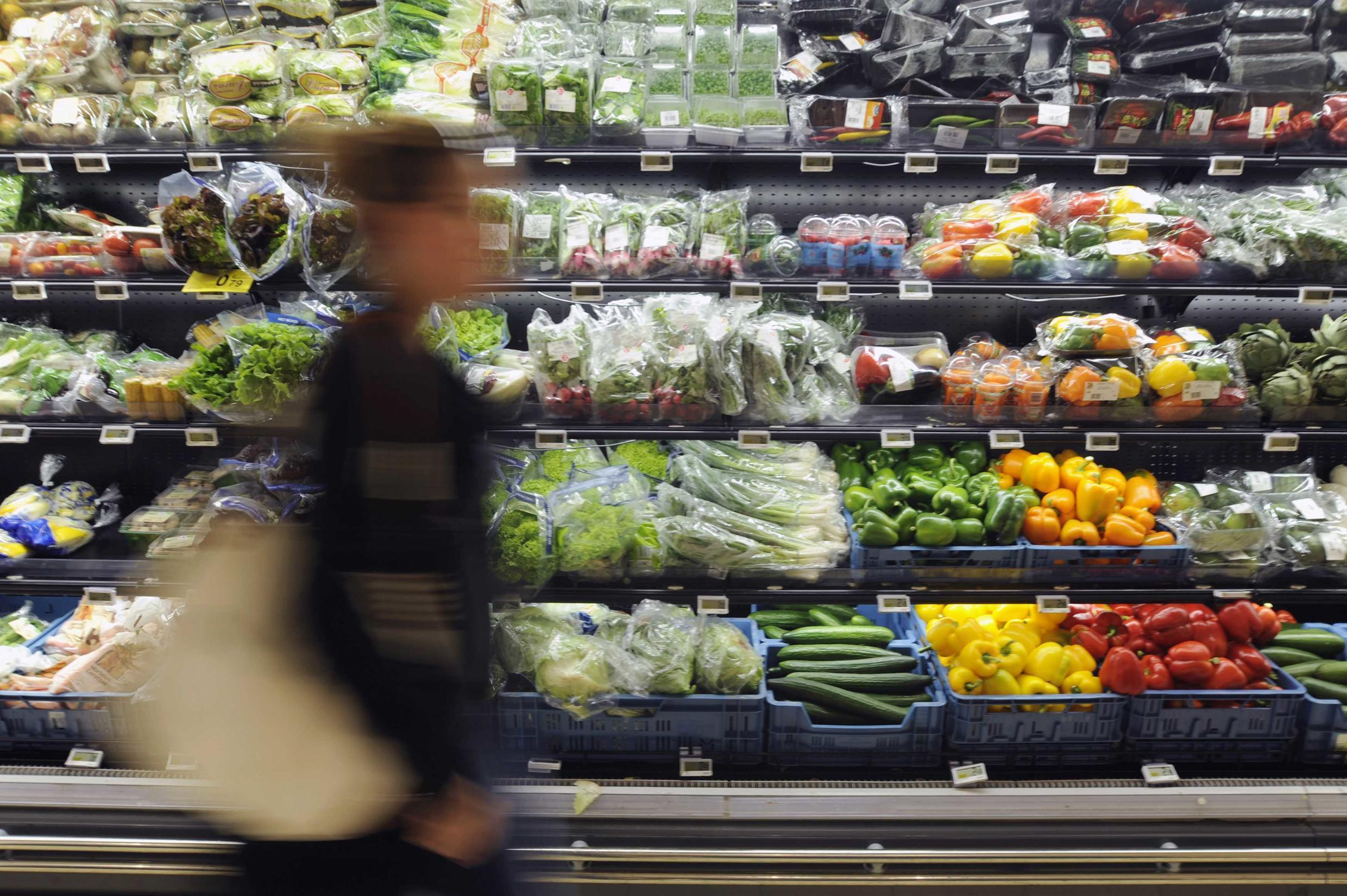 Many fruits and vegetables in French supermarkets are sold wrapped in plastic. As of January 2022, the packaging will be phased out.