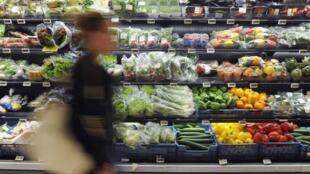 Nga muốn phân phát thay vì phá hủy các nông phẩm tịch thu cho người nghèo - REUTERS /Eric Vidal