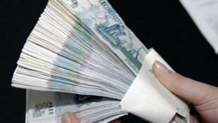 Numa escala de 1 a 5, onde cinco é o maior grau de corrupção, as legendas partidárias no Brasil.