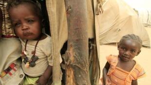 Wasu yan gudun hijira  a yankin Darfur