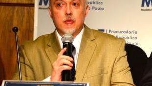 O procurador Carlos Fernando dos Santos Lima, porta-voz da força-tarefa da Operação Lava Jato