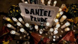 El miércoles por la noche, manifestantes se concentraron Rochester en el lugar donde ocurrió la tragedia.