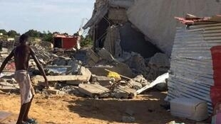 Aspecto de casa demolida em Viana