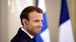 За август рейтинг президента Эмманюэля Макрона заметно снизился