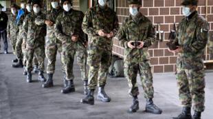 Suisse-armée-soldats