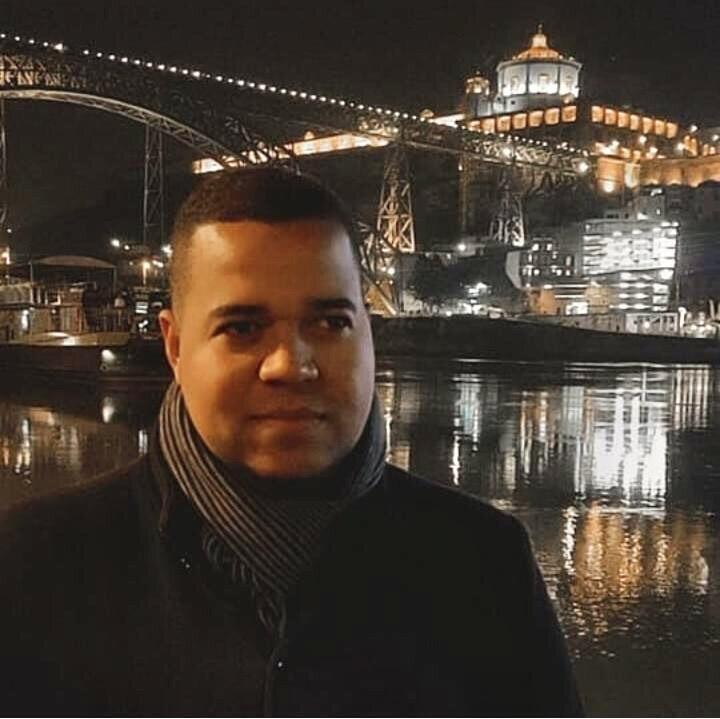Thiago Melo em Portugal_Foto tirada por Igor Santana.