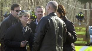 O ataque a tiros na escola Sandy Hook deixou 26 mortos