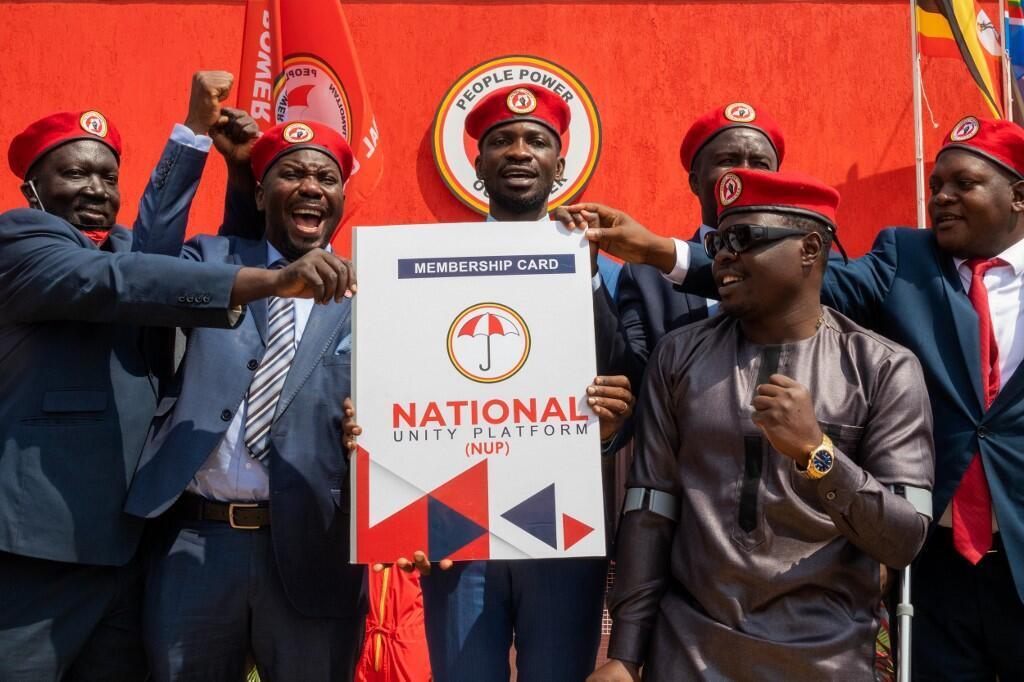 Ugandan singer turned politician Robert Kyagulanyi (C) aka Bobi Wine announces the membership of his new political party called National Unity Platform (NUP) in Kampala, on August 3, 2020.