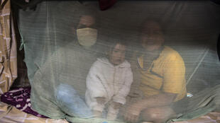 Une famille indigène au Pérou.