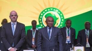 Le président de la Fédération internationale de football (FIFA), Gianni Infantino, et celui de la Confédération africaine de football (CAF), Ahmad, le 2 février 2018 à Casablanca.