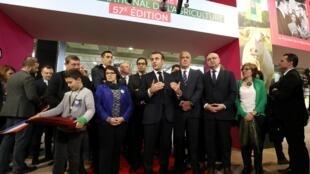 Emmanuel Macron en visite au Salon de l'Agriculture le 22 février 2020 à Paris.