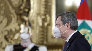 L'ancien patron de la BCE a pris les rênes du gouvernement italien vendredi 12 février.