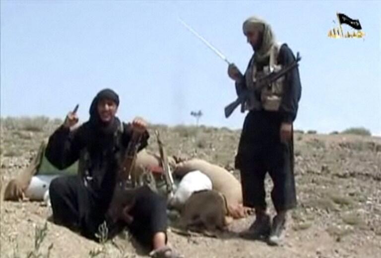 Ảnh chụp từ vidéo cho thấy cảnh lực lượng Thánh chiến Hồi giáo đang luyện tập tại Pakistan.
