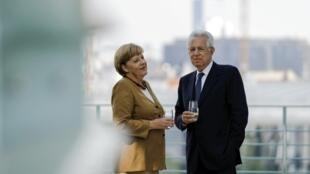 Angela Merkel e Mario Monti discutem a crise em Berlim. 29 de agosto de 2012