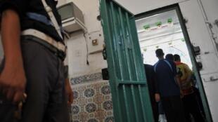 Les prisons algériennes sont surpeupléesn ; chaque prisonier ayant moins de deux m2 d'espace.