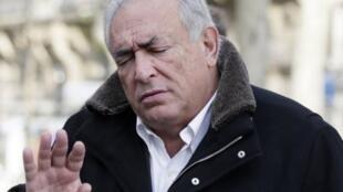 Dominique Strauss-Kahn enfrenta mais uma vez a justiça por um escândalo sexual.
