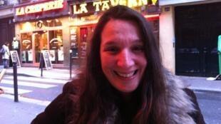 Dulce Pontes em Paris