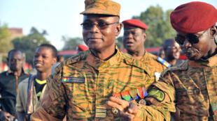 Les propos du chef d'état-major des armées burkinabè, le général Oumarou Sadou, ont provoqué une polémique sur la sécurité dans le nord du pays.