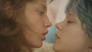 Léa Seydoux (L) and Adele Exarchopoulos in La Vie d'Adèle – Chapitre 1 & 2 (Blue Is The Warmest Color)  by Abdellatif Kechiche