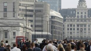 As cidades de Londres e Paris têm o metro quadrado mais caro da Europa.