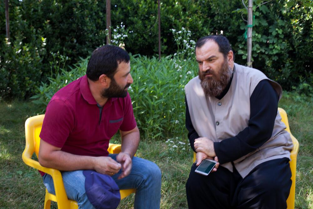 Основатели кооператива Ora et Labora отец Петре (справа) и Звияд Саникидзе