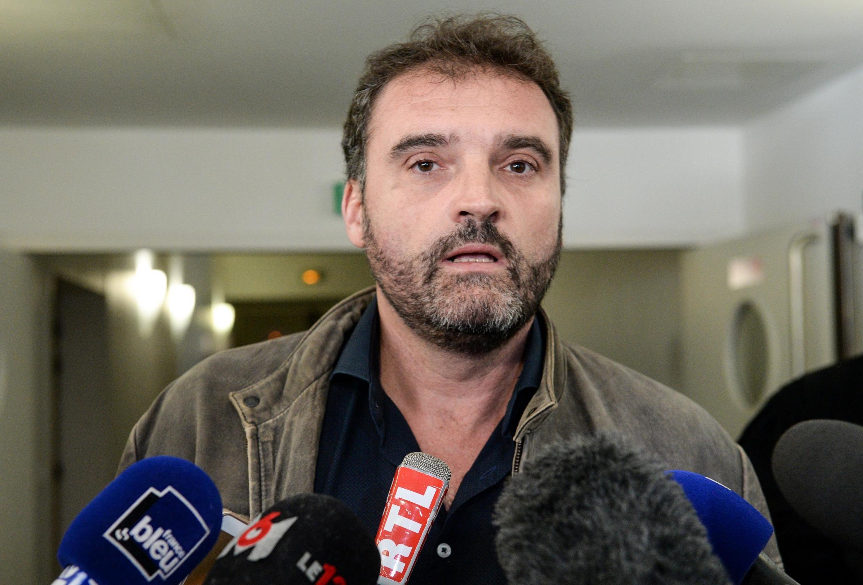 O anestesista Frédéric Péchier é suspeito de provocar o envenenamento de pacientes para demonstrar seu talento para reanimação.