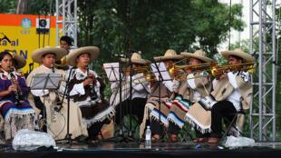 La fanfare de Tlayacapan au festival de Ollin Kan en 2008.