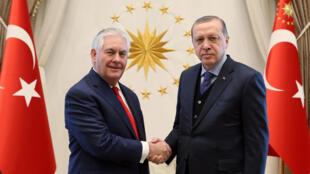 美國國務卿蒂勒森表示阿薩德總統去留問題將由敘利亞人民未來決定 一改之前美國態度