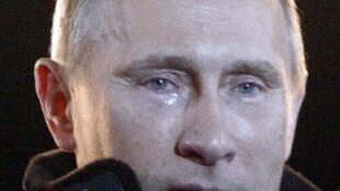 Vladimir Poutine, ému le soir de sa réélection au poste de président de la Russie, le 4 mars 2012.
