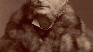 Jacques Offenbach, ảnh chụp năm 1860.