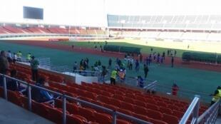 As duas equipas, Ferroviário da Beira e Al-Hilal, terminaram o encontro sem golos no Estádio do Zimpeto em Maputo, na capital moçambicana.
