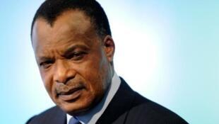 Mtoto wa Rais wa Congo Denis Sassou-Nguesso anatuhumiwa na shitika lisilo la kiserikali la Global Witness kupitisha mlango wa nyuma Dola milioni 50 katika mali ya umma.