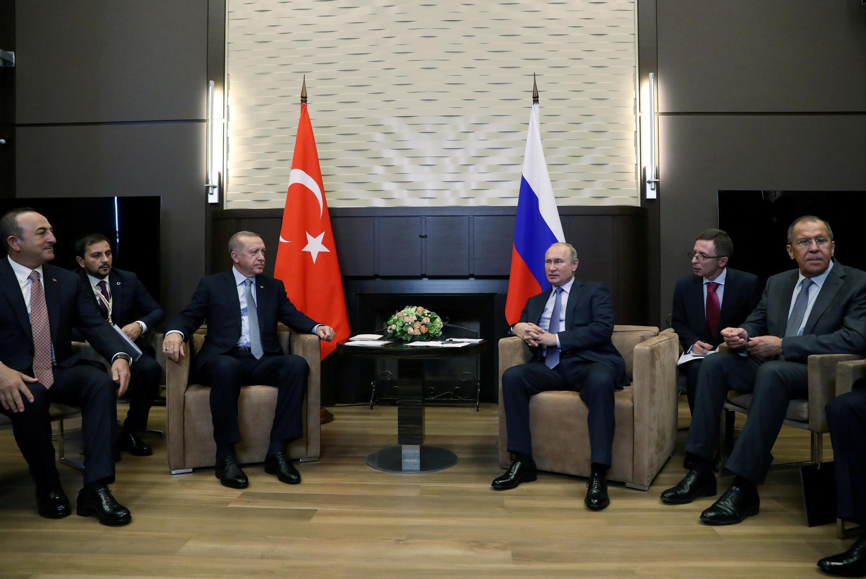 Tổng thống Thổ Nhĩ Kỳ, Recep Tayyip Erdogan và nguyên thủ Nga, Vladimir Putin gặp nhau tại Sotchi, Nga, bàn về Syria gày 22/10/2019.