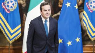 意大利歐洲事務部長文森佐·阿曼多拉資料圖片