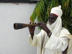 Mai busar Algaita a kasar Hausa
