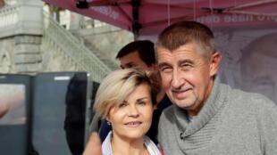 Le candidat, Andrej Babis, du mouvement des citoyens mécontent (ANO) en campagne pour les législatives.